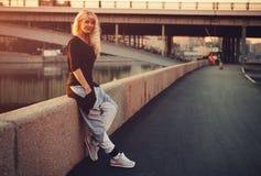 Mujer adolescente del estilo Foto de archivo