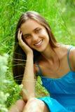 Mujer adolescente joven al aire libre Foto de archivo