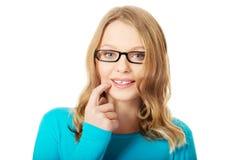 Mujer adolescente pensativa Imagen de archivo libre de regalías