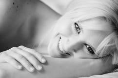 Mujer adulta atractiva Imagen de archivo libre de regalías