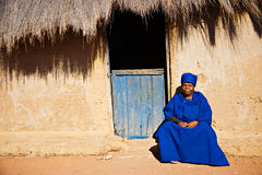 Mujer africana mayor Foto de archivo