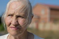 Mujer ansiosa Foto de archivo libre de regalías