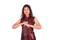 Mujer asiática con el gesto de la enhorabuena Foto de archivo libre de regalías
