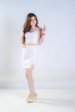 Mujer asiática con el vestido Imágenes de archivo libres de regalías