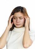 Mujer asiática con un dolor de cabeza Imagen de archivo