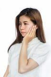 Mujer asiática con un dolor de muelas Foto de archivo