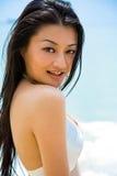 Mujer asiática hermosa en la playa Imágenes de archivo libres de regalías