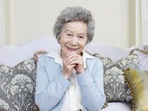 Mujer asiática mayor Fotografía de archivo