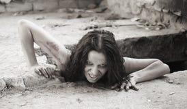 Mujer asustadiza Fotos de archivo