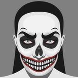 Mujer asustadiza del cráneo con el maquillaje de Halloween