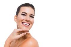 Mujer atractiva agraciada con los labios púrpuras fotos de archivo libres de regalías