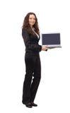 Mujer atractiva con la computadora portátil Fotos de archivo