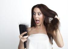 Mujer atractiva con pérdida de pelo imágenes de archivo libres de regalías