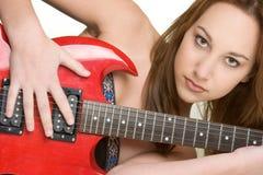 Mujer atractiva de la guitarra imagen de archivo libre de regalías