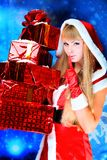 Mujer atractiva de la Navidad Fotos de archivo libres de regalías