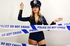Mujer atractiva de la policía Fotos de archivo libres de regalías