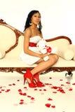 Mujer atractiva de la tarjeta del día de San Valentín Fotografía de archivo