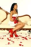 Mujer atractiva de la tarjeta del día de San Valentín Fotografía de archivo libre de regalías