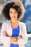 Mujer atractiva del afroamericano Imagen de archivo libre de regalías