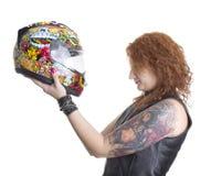 Mujer atractiva del motorista con el casco Imagen de archivo libre de regalías