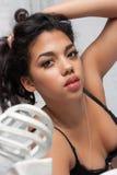 Mujer atractiva del mulato Imagen de archivo