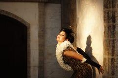 Mujer atractiva en la ropa de la vendimia Imágenes de archivo libres de regalías