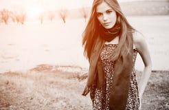 Mujer atractiva hermosa fotos de archivo libres de regalías