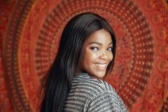 Mujer bastante negra foto de archivo libre de regalías