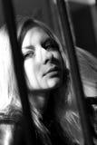 Mujer blanco y negro del caucásico del retrato Fotos de archivo