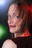 Mujer bonita en el concierto Imágenes de archivo libres de regalías
