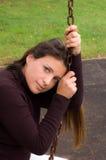 Mujer bonita en el oscilación Imágenes de archivo libres de regalías