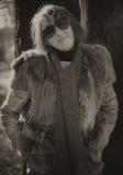 Mujer bonita en gafas de sol Foto de archivo libre de regalías