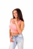 Mujer bonita en tapa rosada Foto de archivo libre de regalías