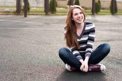 Mujer bonita joven Foto de archivo libre de regalías