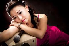Mujer cantante de Asia fotografía de archivo