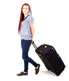 Mujer casual con la maleta grande del viaje Fotografía de archivo libre de regalías