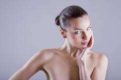 Mujer caucásica atractiva Foto de archivo libre de regalías