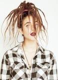 Mujer caucásica real con el peinado de los dreadlocks Imagenes de archivo