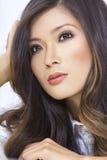Mujer china asiática joven hermosa del retrato fotografía de archivo libre de regalías