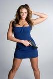Mujer con el arma foto de archivo libre de regalías