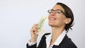 Mujer con el dinero almacen de metraje de vídeo
