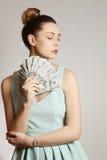 Mujer con el dinero Imagen de archivo