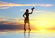 Mujer con el megáfono Imagen de archivo