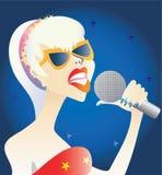 Mujer con el micrófono. Fotografía de archivo libre de regalías