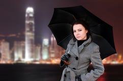 Mujer con el paraguas Fotos de archivo libres de regalías