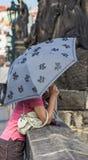 Mujer con el paraguas Fotografía de archivo libre de regalías
