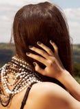 Mujer con el pelo marrón largo Fotografía de archivo libre de regalías