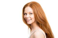 Mujer con el pelo rojo hermoso imagen de archivo libre de regalías