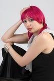 Mujer con el pelo rosado Imágenes de archivo libres de regalías