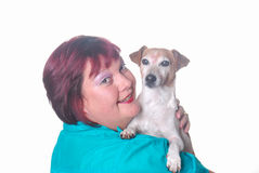 Mujer con el pequeño perro de Gato Russell Imagen de archivo libre de regalías